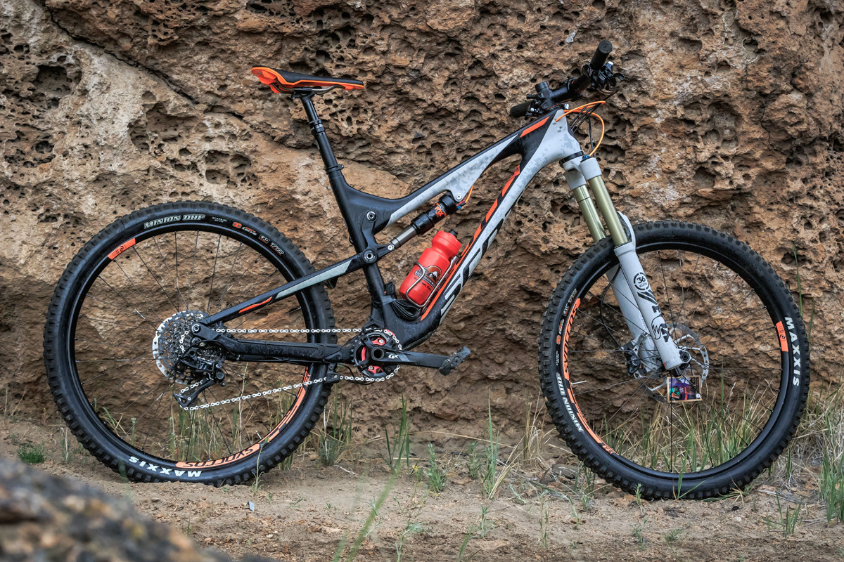 82ca7e3ee68 Tested: Scott Genius LT 710 « Mountain Flyer Magazine