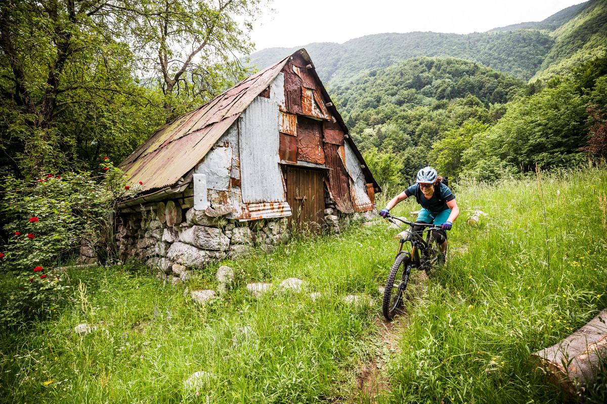 First Ride: Yeti SB140 « Mountain Flyer Magazine