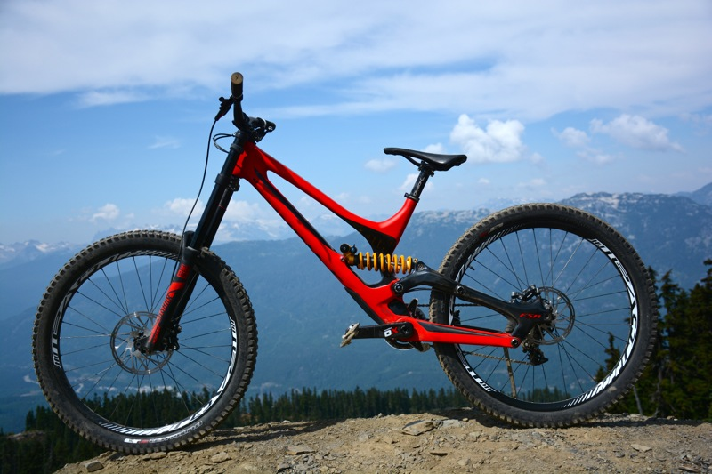 2015 Specialized Demo Carbon - First Impressions