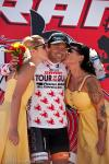 Francisco Mancebo taking the winners rewards and climbers jersey.