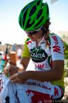 Jasmin Glaesser pins her number onto her new Best Young Racers jersey.